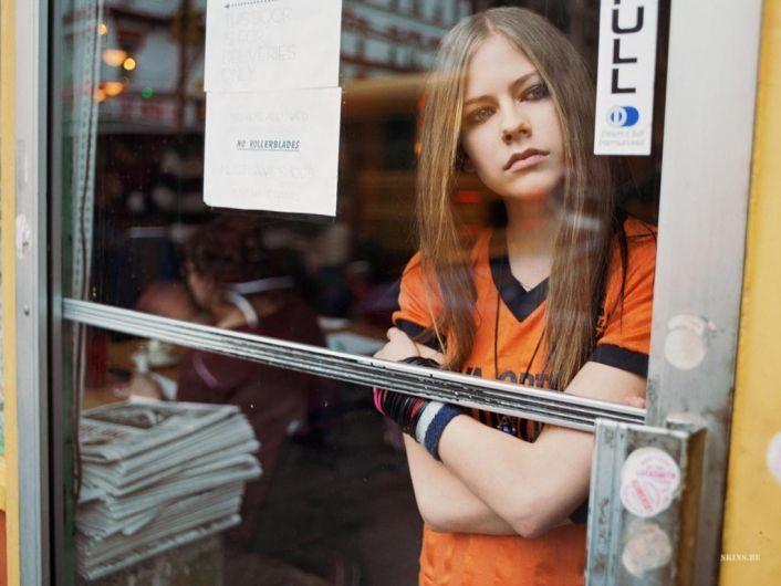 Avril Lavigne | Letras de Músicas FM