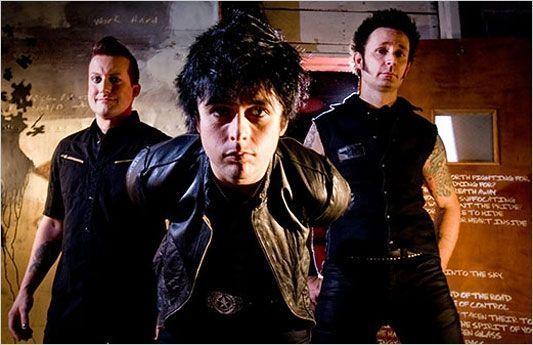 Deadbeat Holiday - Green Day | Letras de Músicas FM
