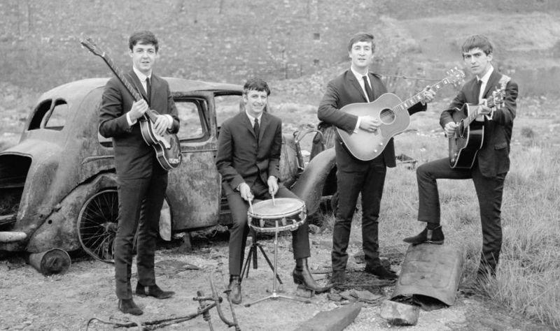Catswalk - The Beatles | Mega Lyrics NET